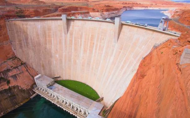 تاثیرات زیست محیطی برق آبی